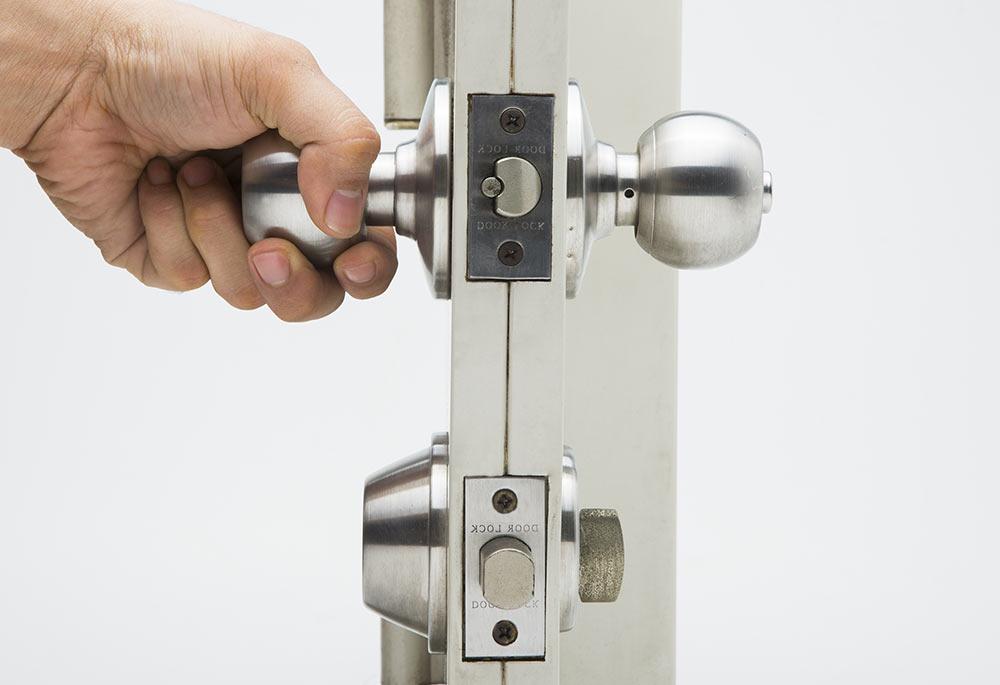 Instalación de Puertas Cerrajeros Hospitalet